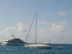 Cielo del Dios (nouveau bateau de Sonia et PAtrick) à son départ de Tintamarre